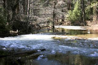 The Frazil Ice Phenomenon in Yosemite Falls