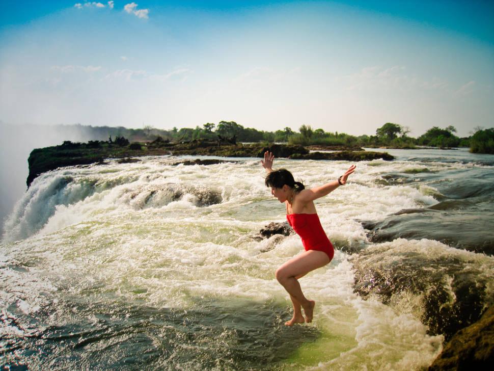 Devil's Pool in Zambia - Best Time